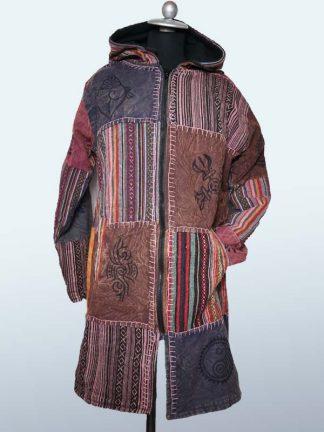 Lange jas met boedha symbolen