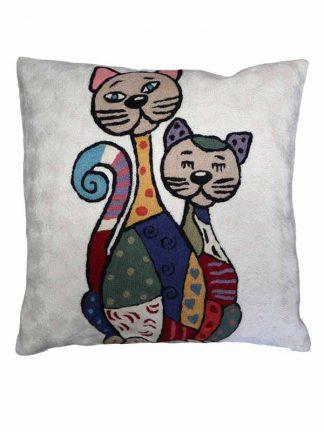 Wit kussen met 2 katten