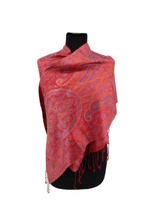 rode zijden sjaal