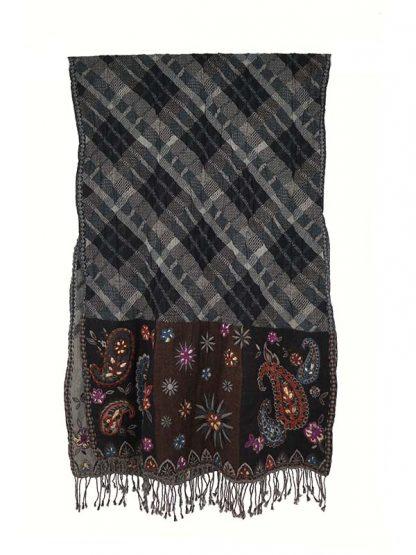 Wollen shawl ruit