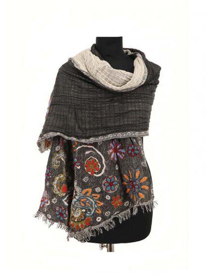 grijze wollen sjaal