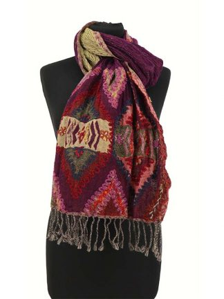 paarse wollen sjaal
