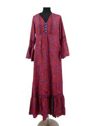 lange rode zijden jurk